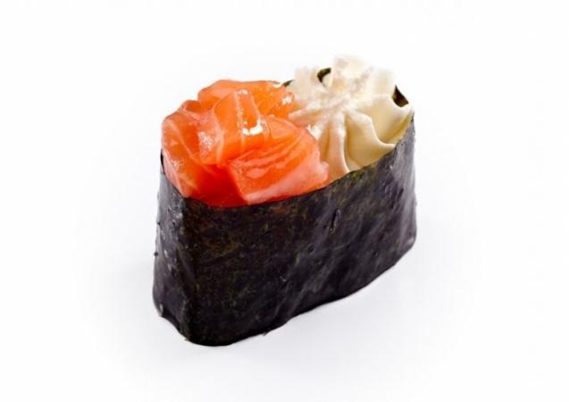 Крем-суши лосось копченный